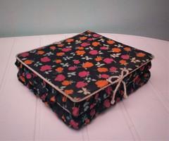 Retro textil ékszeres doboz 21*21 cm*6,5 cm