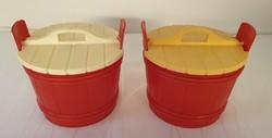 2 db Retro piros műanyag sótartó dézsa
