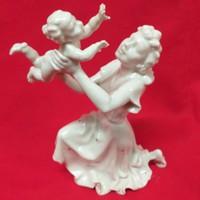 Német Hutschenreuther,K.Tutter 2244/1, Anya Gyermekével,Porcelán Figura