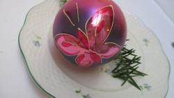 Üveg karácsonyfadísz - nagy pink pillangós gömb