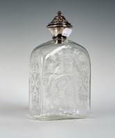 Ezüst tetejű csiszolt üveg kiöntő