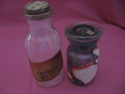 2 db régi iskolai laboros vegyszeres üveg együtt