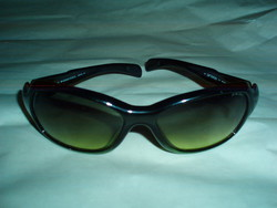 Vintage DIESEL férfi napszemüveg