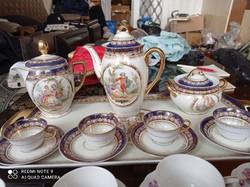 Csehszlovák porcelán készlet elemek, kannák, cukortartó, csészék-aljukkal