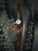Női óra - ZARIA márka a képek alapján