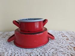 2 db kisebb méretű piros  zománcos, zománcozott fazék, edény  dísznek ,virágnak , az egyik Lampart