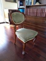 Felújított barokk kárpitozott szék