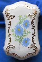 Régebbi Hollóházi virágmintás porcelán bonbonier jelzett 15,8 x 10 x  6  cm