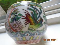 Szikrázó színekkel ,kidomborodó festéssel, teás csésze kakas,lótusz és bazsarózsa mintákkal