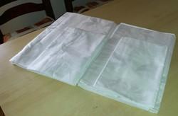 2 garnitúra fehér damaszt ágyneműhuzat, nem használt, nem mosott