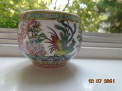Szikrázó színekkel ,kidomborodó festéssel teás csésze kakas,lótusz és bazsarózsa mintákkal