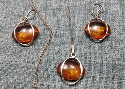 Amber stone 14k gold necklace and earrings set