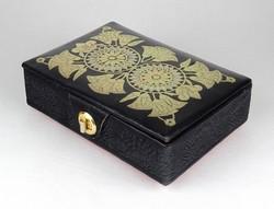 1F318 Aranyozott virágdíszes CARILLON-YVERDON svájci bőr zenélő doboz