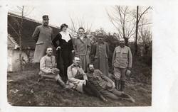 Katona csoportkép, kitüntetés, család, vadászzászlóalj