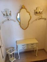 Chippendel baro hall wardrobe set of 7