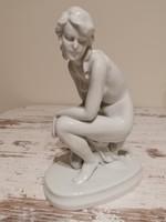 Zsolnay porcelán akt