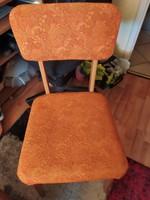 Stabil retró narancssárga szék hibátlan állapotban eladó.