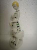 Retro midcentury szovjet porcelán Lány báránnyal