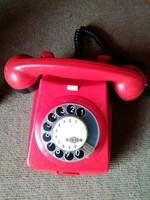 Piros tárcsás telefon,fekete számlapos,retro