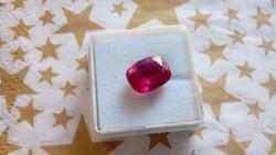 6.55 karátos rubin drágakő tanúsítvánnyal