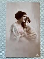 Régi női fotó képeslap 1917 vintage levelezőlap