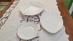 3 db. különböző méretű, más más formájú porcelán, 2  füles asztal középek, tálaló tálak, kínálók.