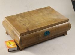 Antik fa szivardoboz 938