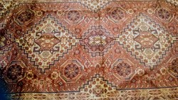 Mokett bársony selyem szőnyeg ,terítő 276*140cm