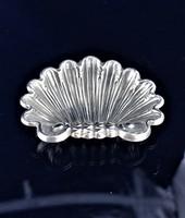 Ezüst kagyló gyűrűtartó