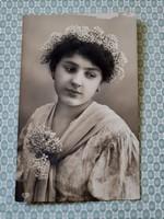 Régi női fotó képeslap vintage levelezőlap
