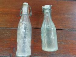 Kettő db régi kis méretű csatos üveg palack