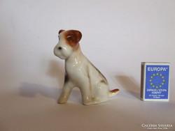 Nagyon aranyos, régi foxi, foxterrier porcelán kutya figura