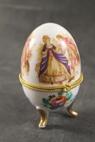 Barokk jelenetes tojásgyűrűtartó 950