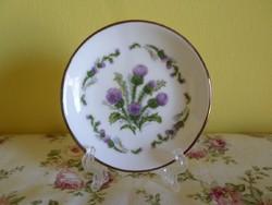 Tündéri angol virágos kis tányér tartóval.