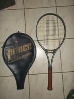 Prince teniszütő tokjával