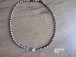 Gyönyörű antik gránát és gyöngy nyaklánc ezüst kapoccsal