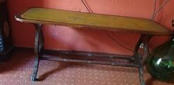 Dohányzó asztalka régi