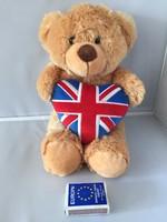 Nagyon puha maci angol zászlós szívecskével