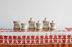 Alföldi retro porcelán fűszeres szett - fűszertartó szívecskés mintával 6 doboz, 4 fedél
