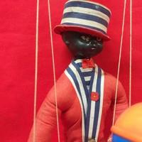Marionett Csörgős Bábú