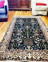 Iráni madaras , nain selyem díszítésű szőnyeg