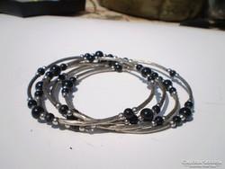 4 soros fekete gyöngyös divat karkötő