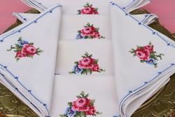 6 darab rózsás textil szalvéta