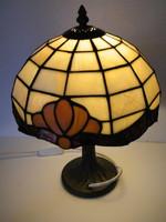 Tiffany stílusú ólomüveg asztali lámpa