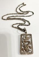 Keleti ezüst medál és lánc