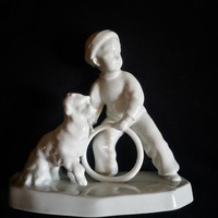 Antik Zsolnay karikás kisfiú