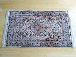 Perzsa kézi csomózású szőnyeg -Kashan, Bézs