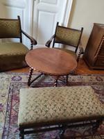 Kolonial asztal, fotel és puff/ülőke