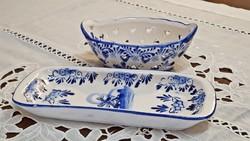 Kék-fehér kézifestésű DELFT mintával díszített,  porcelán kicsi tálka és fogkefetartó.