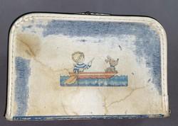 Retro Gyerek Bőrönd Malév matrica kb 1940 évekből